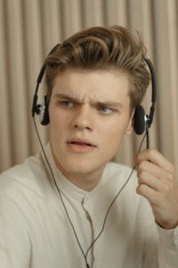 The face I imagine the Virgin Media rep was pulling when I told him for the 14th time I didn't need to upgrade at all